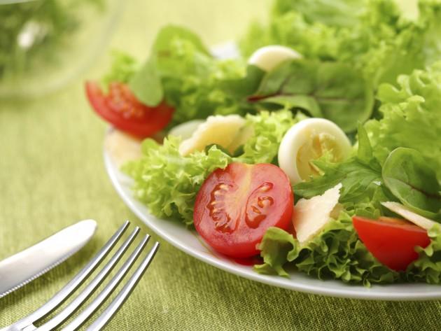 jantar para emagrecer à base de saladas