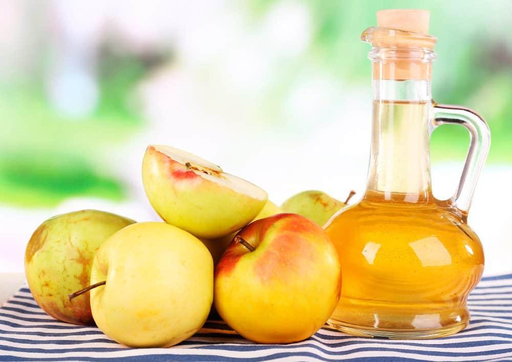 Exemplo de vinagre de maçã para remover a celulite