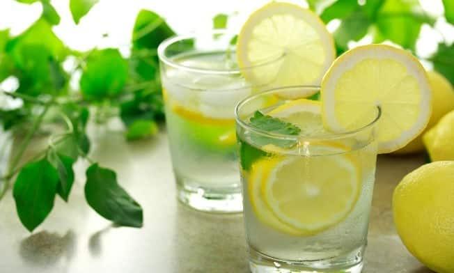 dieta do limão agua morna com limão